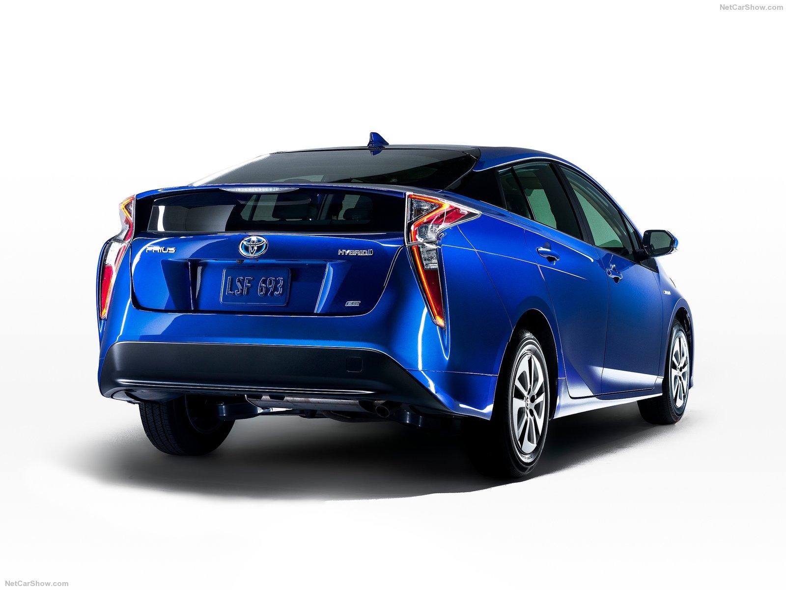 Toyota-Prius_2016_1600x1200_wallpaper_56.jpg