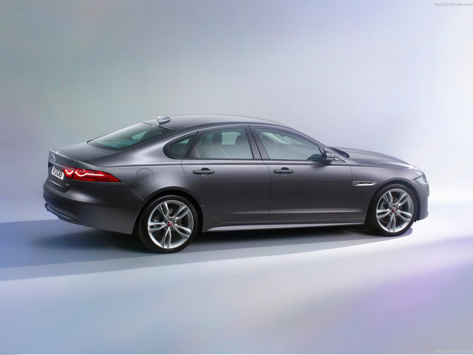 Jaguar-XF-2016-1600-94.jpg