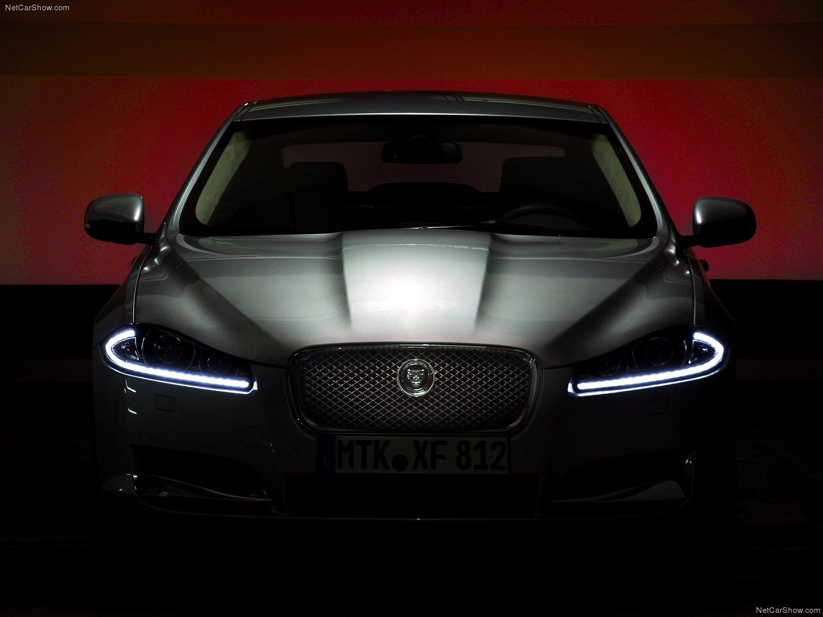 Jaguar-XF-2012-1600-36.jpg