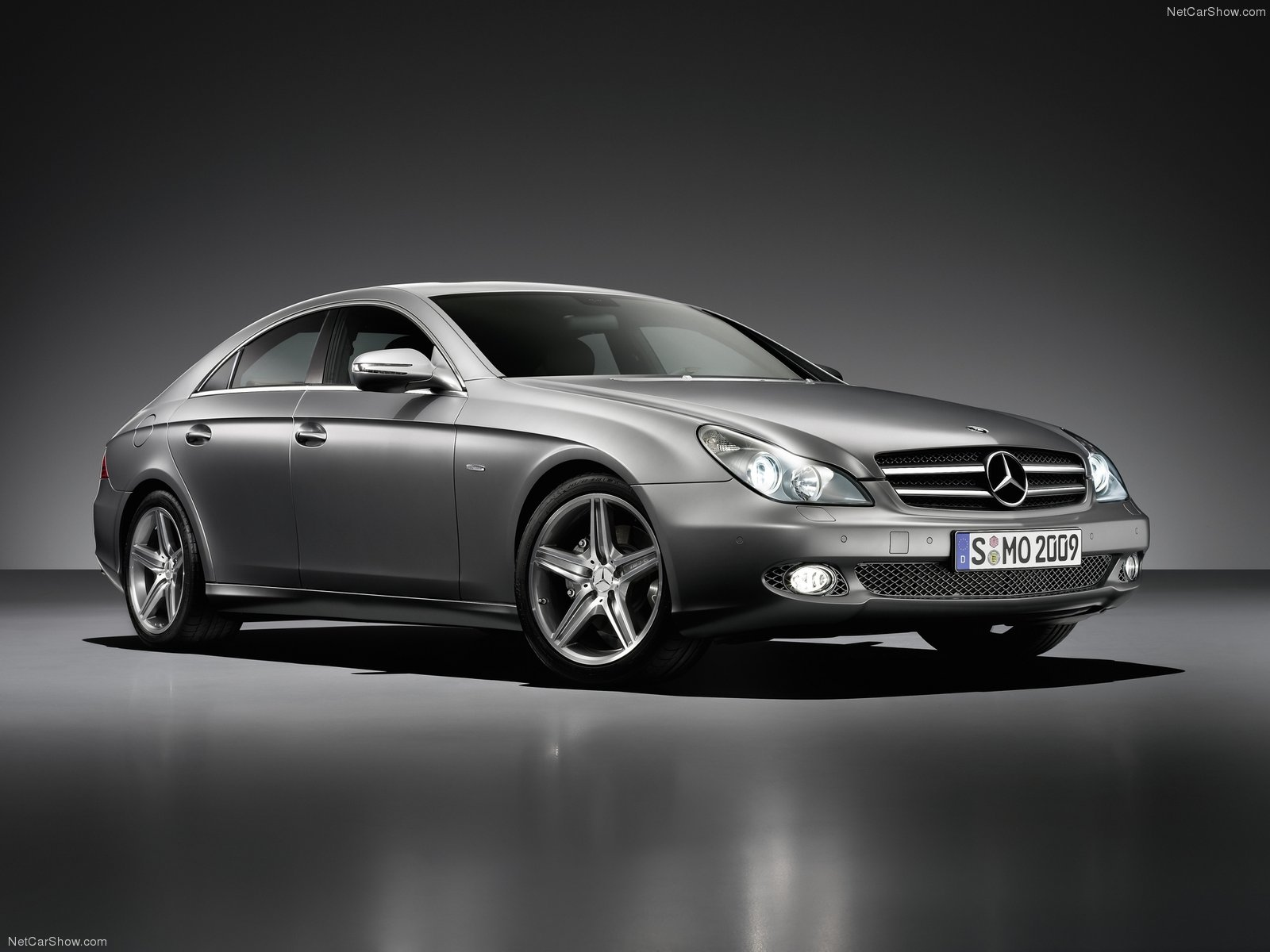 Mercedes-Benz-CLS_Grand_Edition-2009-1600-01.jpg