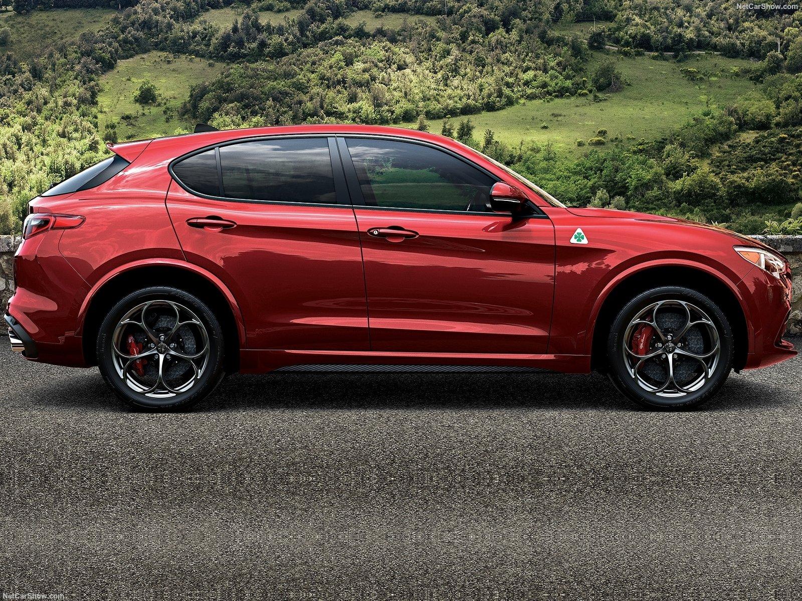 Alfa_Romeo-Stelvio_Quadrifoglio-2018-1600-04.jpg