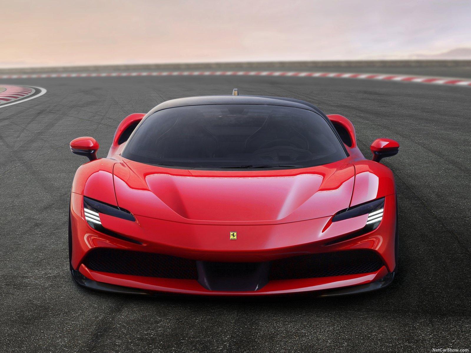 Ferrari-SF90_Stradale-2020-1600-05.jpg