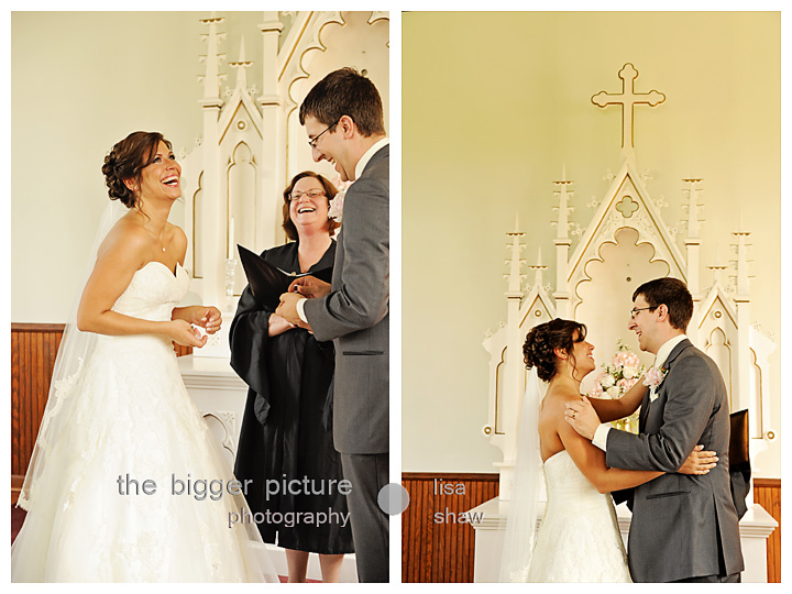 wedding photographers at apple mountain resort mi.jpg
