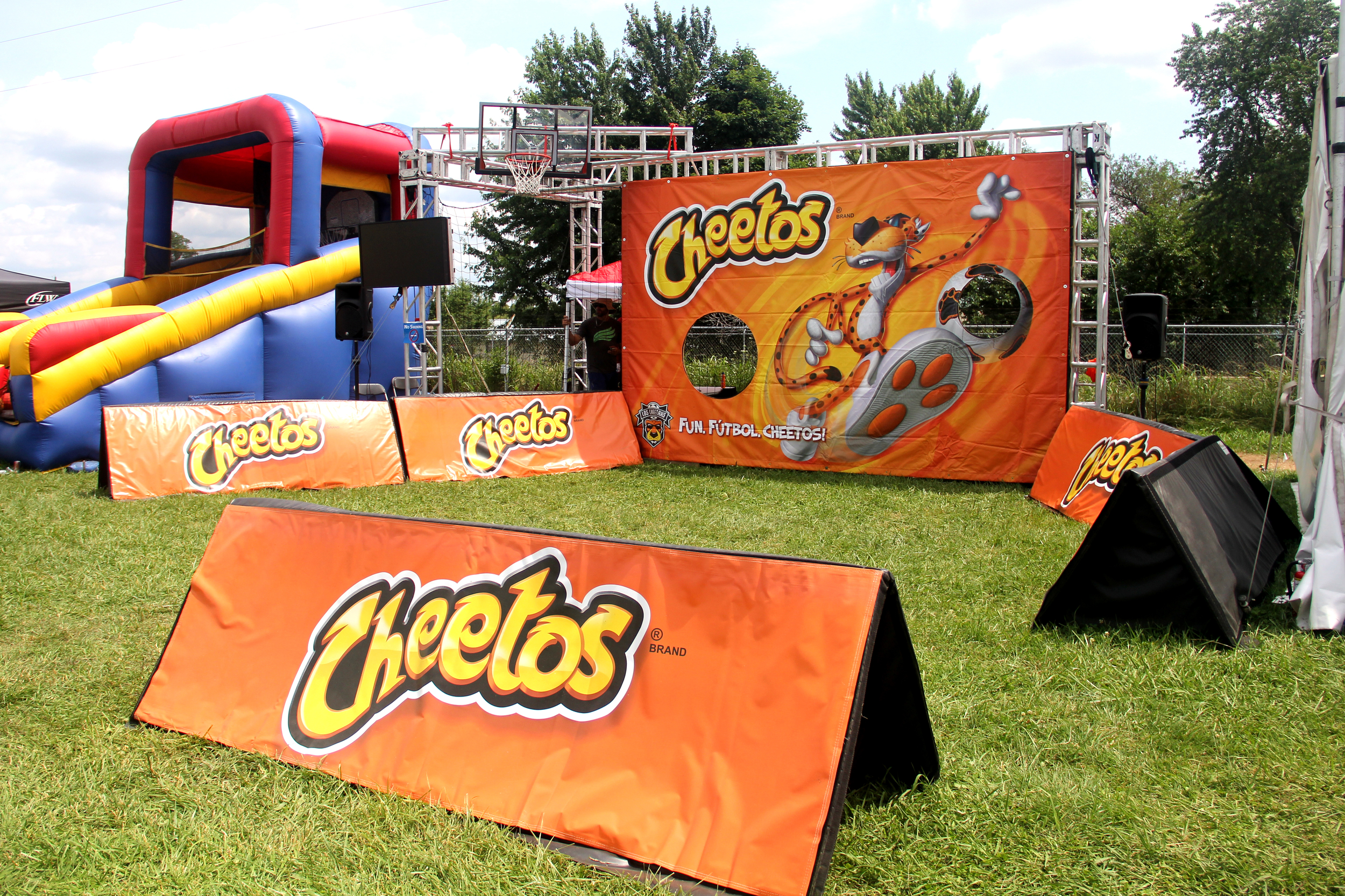 Cheetos Futbol/Soccer Associate Activity