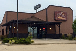 Hickory River Smokehouse - Our quality beef brisket, chicken, turkey, and pork are treated with a dry rub – a flavorful way to keep the meat's natural juices from escaping. 135 S. Garber Dr., Tipp City, OH 45371, 937-669-2271, website, MENU.