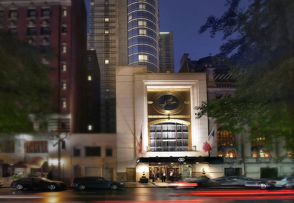 Sofitel New York  sophisticated meeting spaces and a 2500 sq.ft. ballroom with the capacity to seat up to 200.