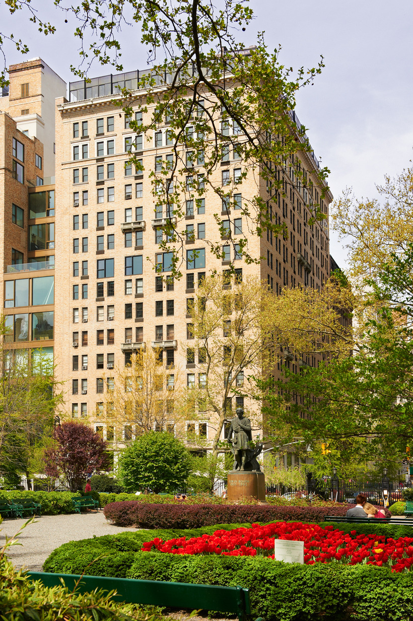 Gramercy Park Hotel  design inspired by 20th century charm and equipped with modern amenities.