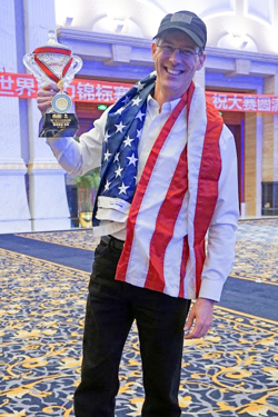 As co-captain of Team USA, Brad helped lead the team to a Silver Medal victory at the World Memory Championships in China.