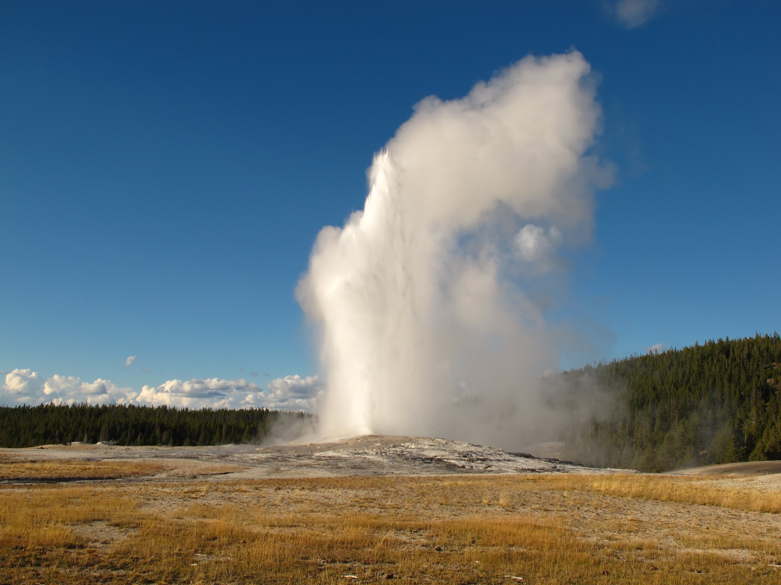 Old Faithful blowing off