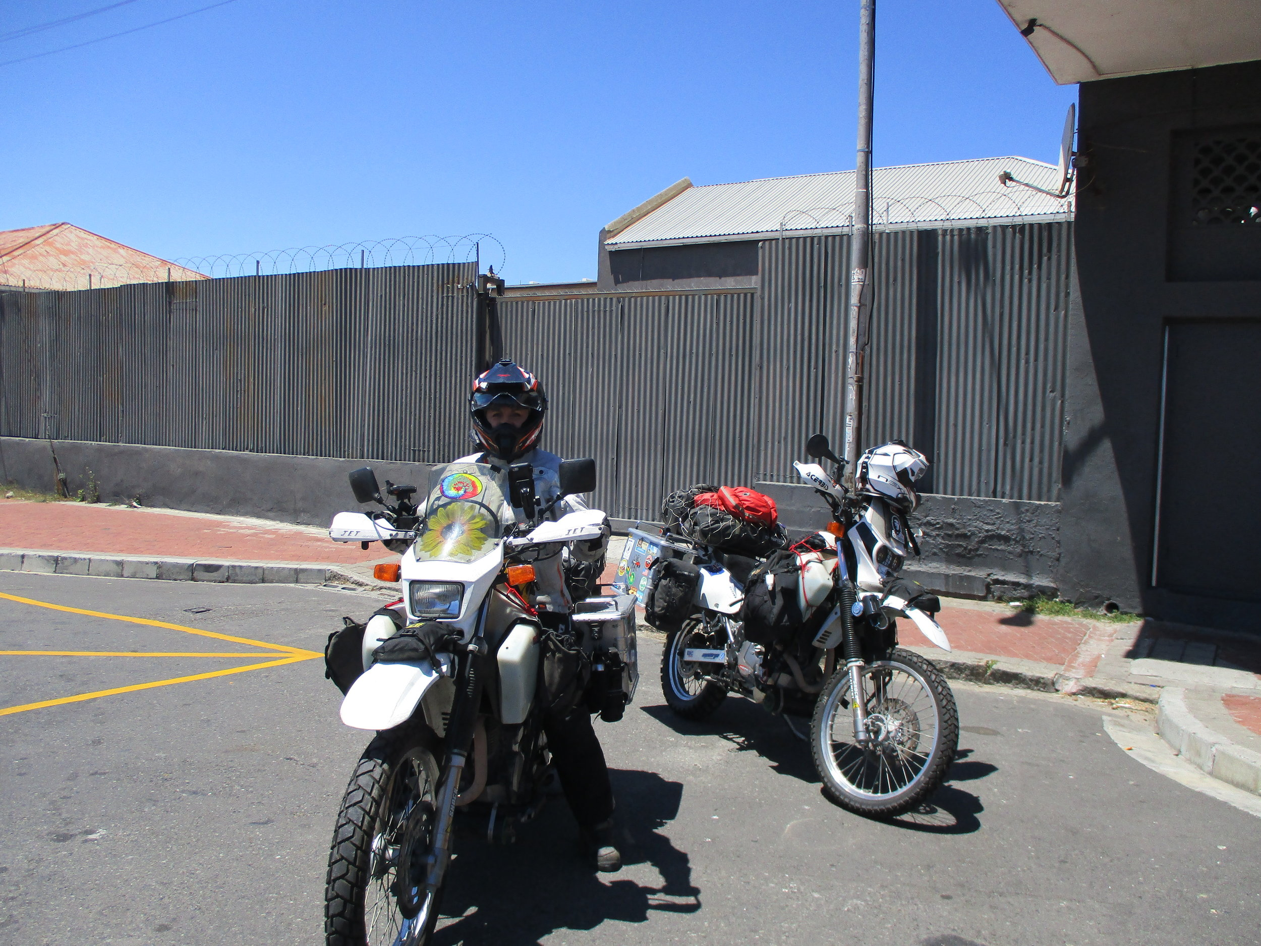 Outside the hostel in Cape Town, ready to go.
