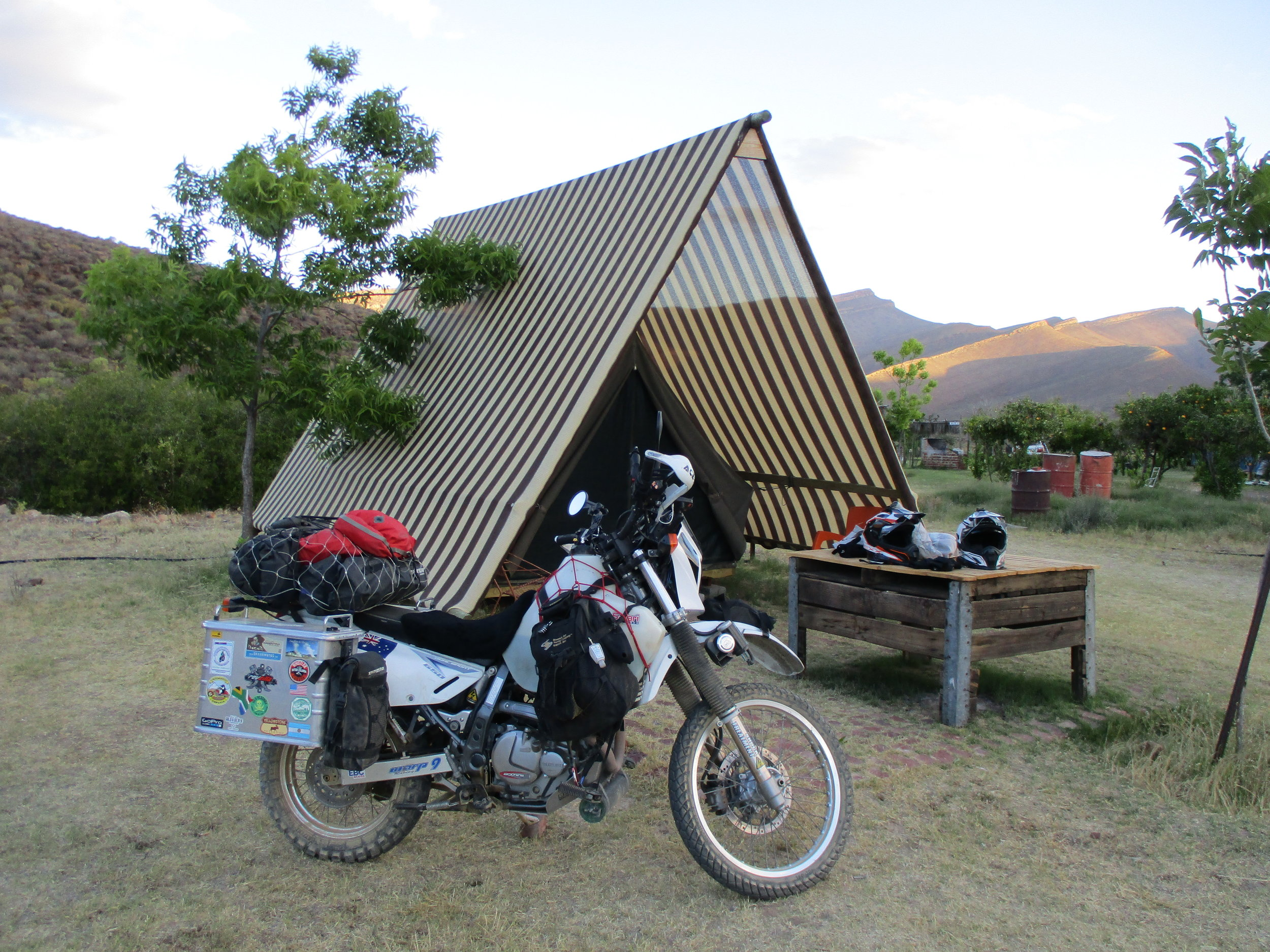 No need to get out our own gear, even the bedding is supplied. Cederberg Oasis, South Africa.