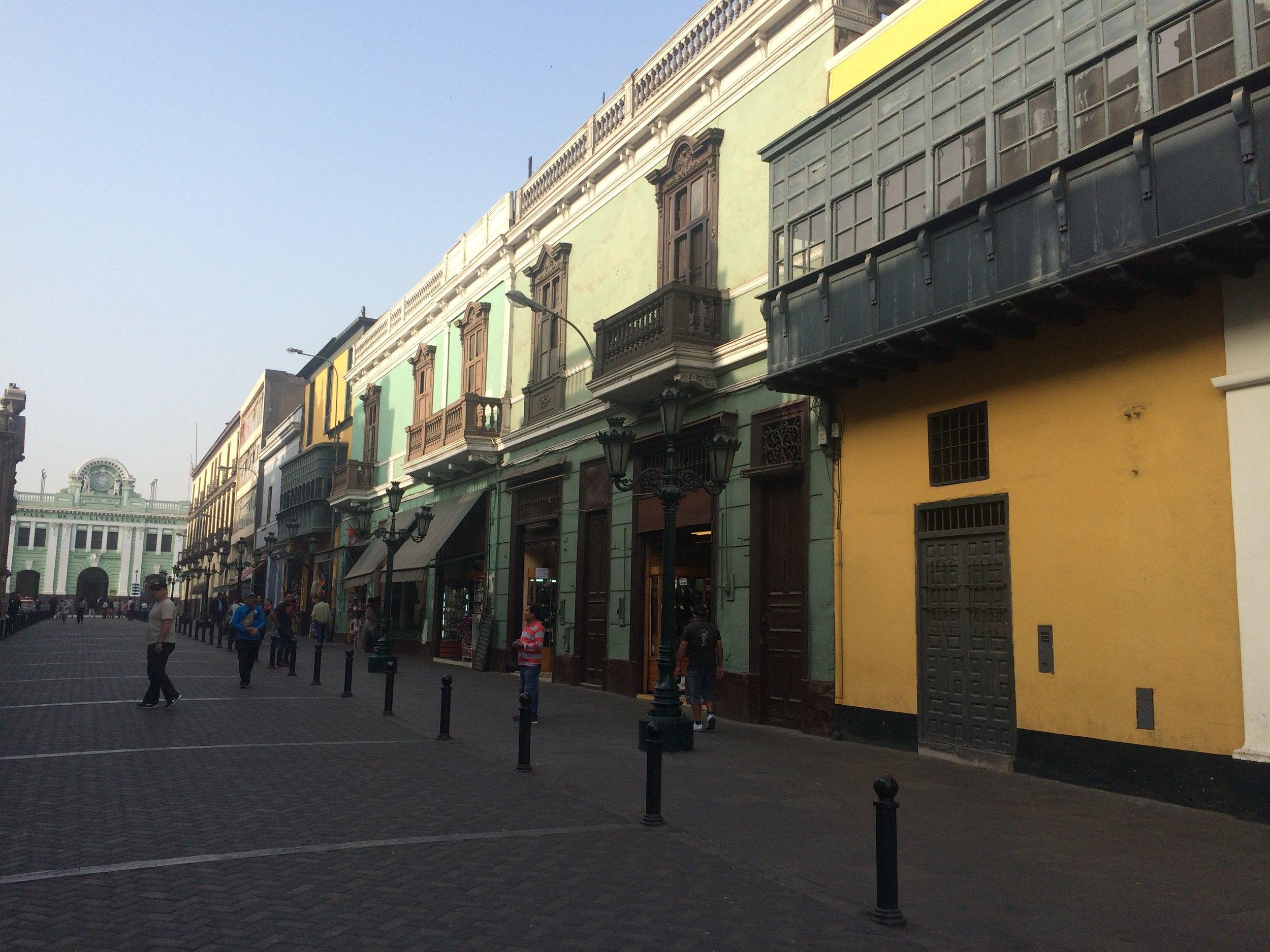 We walk through some side streets to get to Basílica de San Francisco