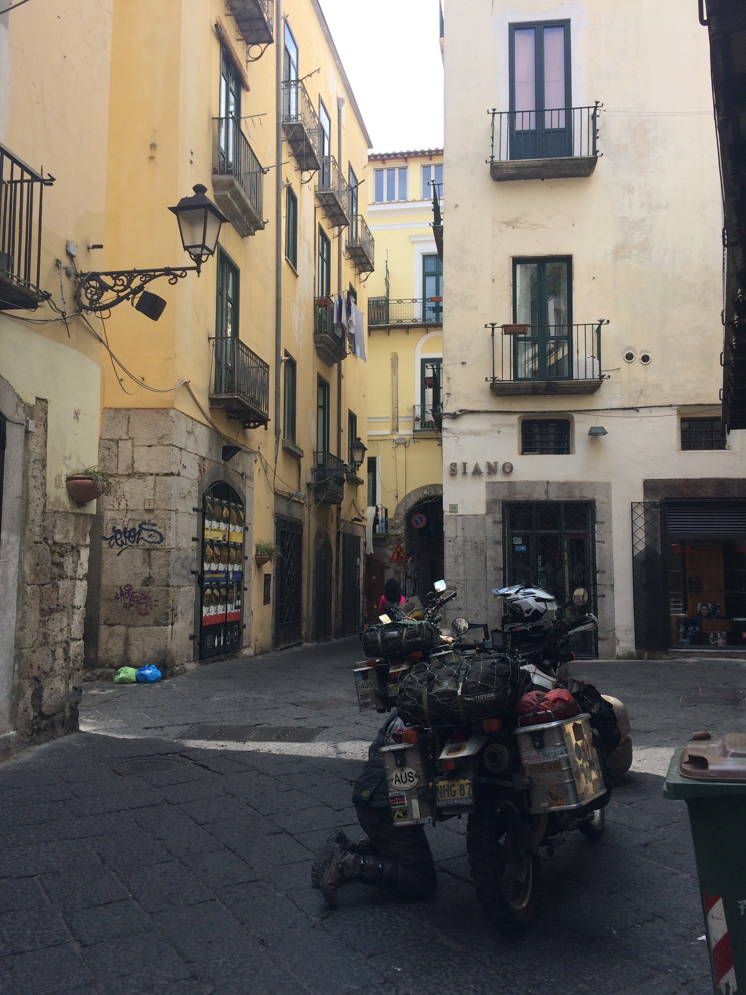 Diagnosing a high idle in the alleys of Salerno