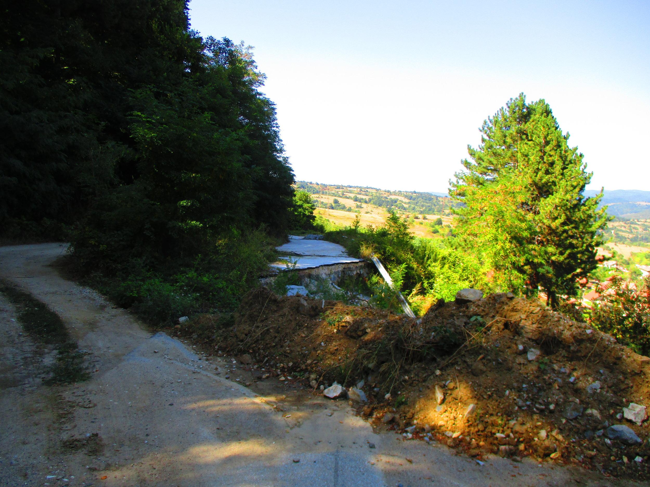 Diversion around a landslide