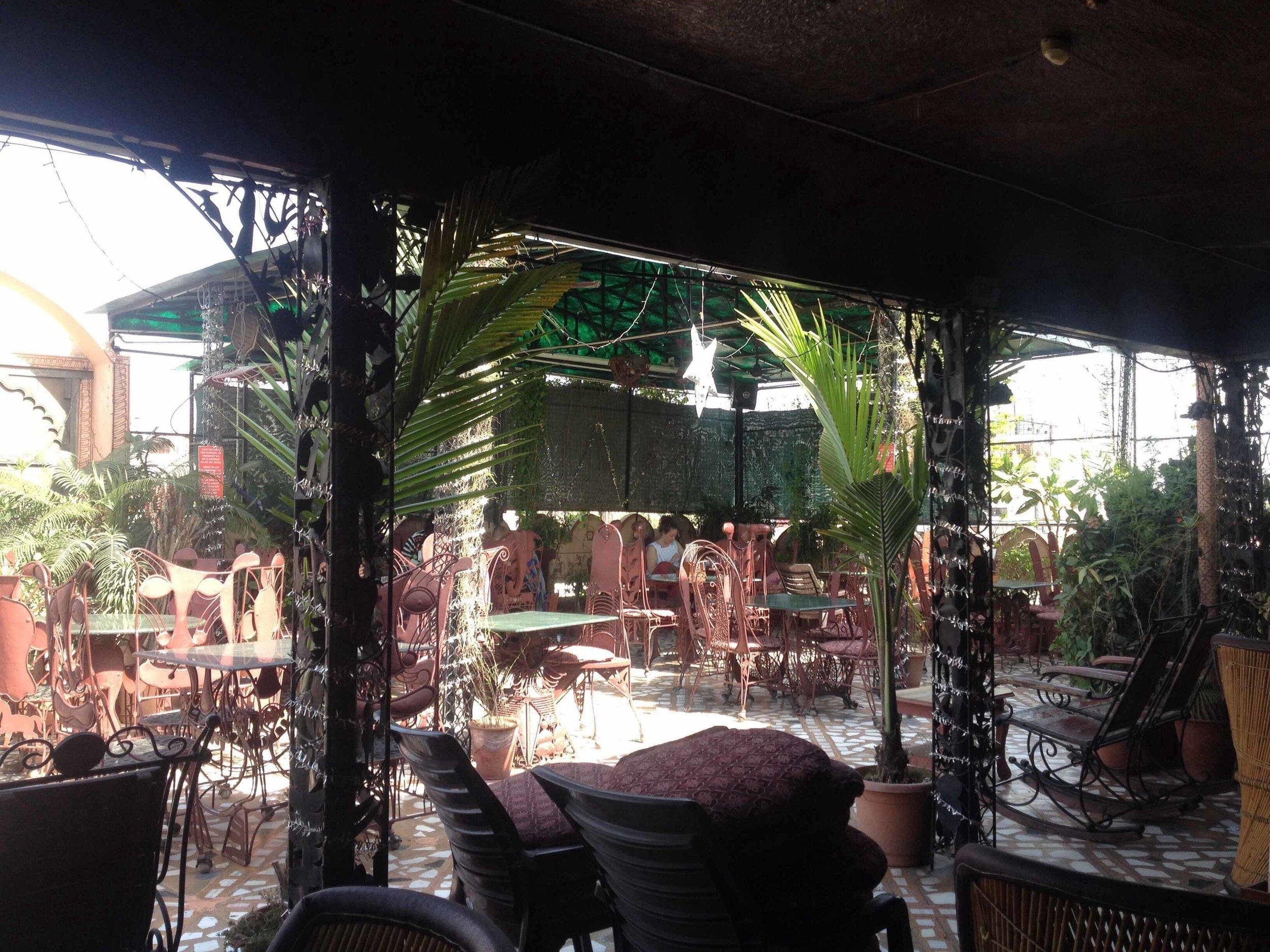 https://www.zomato.com/jaipur/peacock-roof-top-restaurant-gopalbari/photos