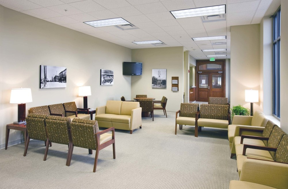 06-Murfreesboro-Medical-Clinic-Murfreesboro-TN-min.jpg