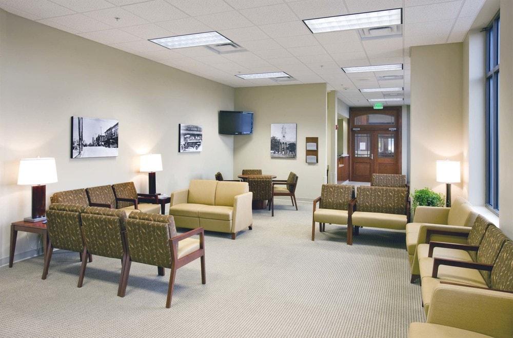 06-Murfreesboro-Medical-Clinic-Murfreesboro-TN-min.jpg