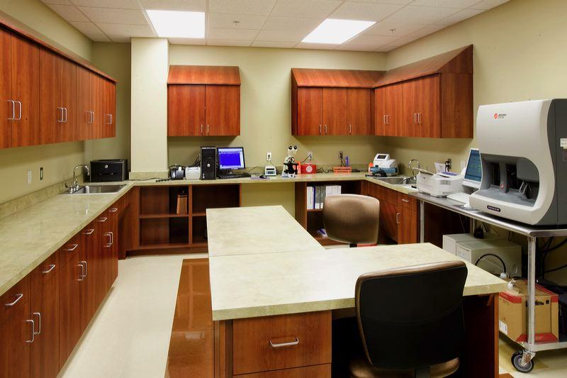 16-Murfreesboro-Medical-Clinic-Murfreesboro-TN-Lab-min.jpg