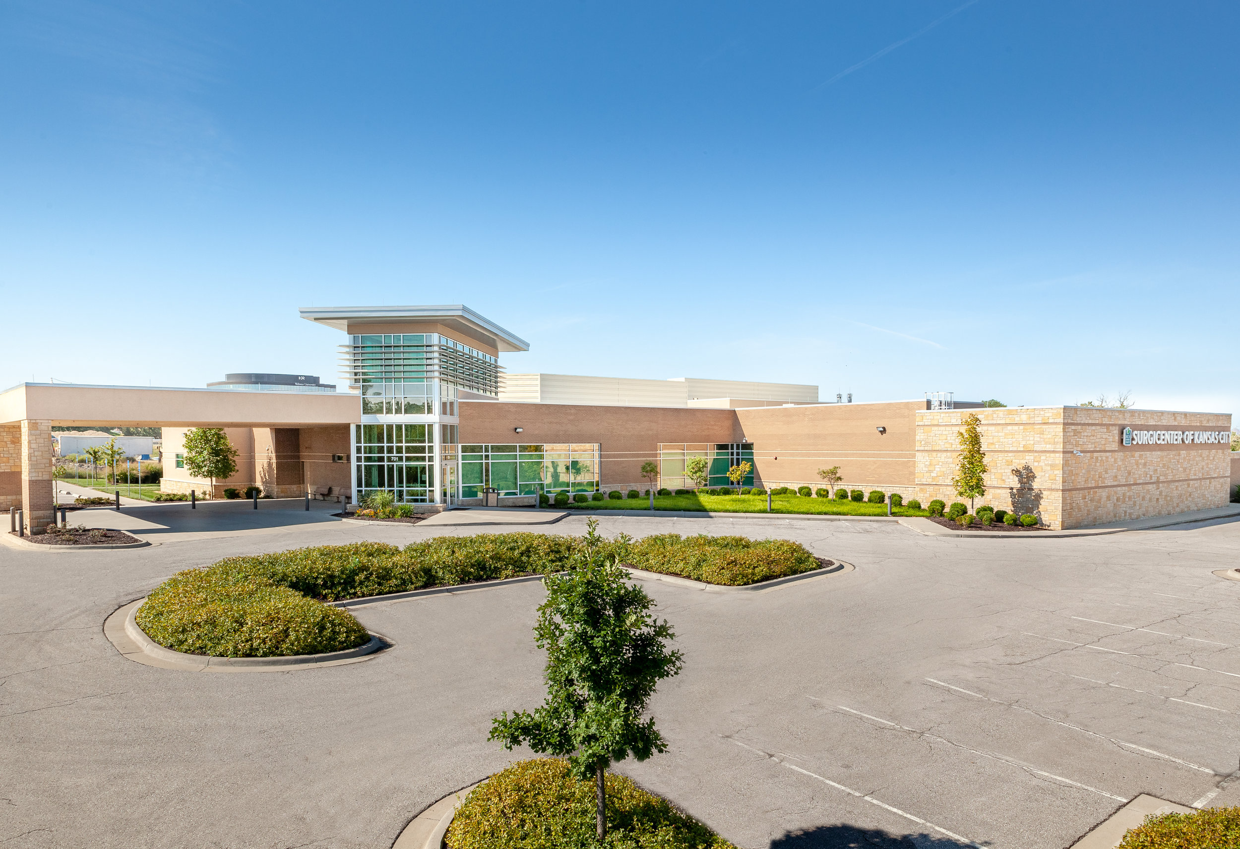 Surgicenter-of-Kansas-City-for-Hereford-Dooley-Architects-by-Jacia-Phillips-.jpg