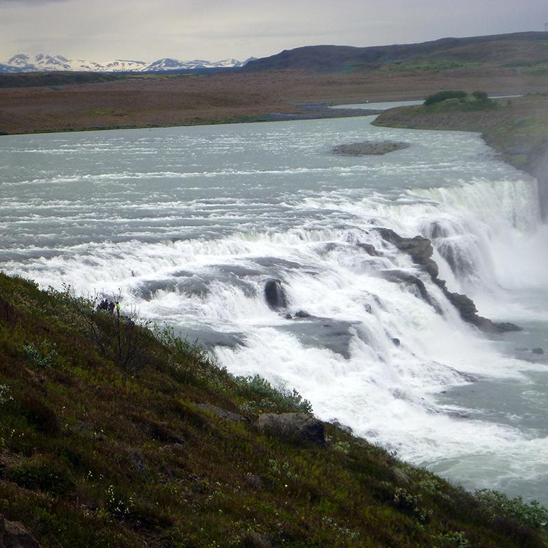 iceland-waterfall-nature