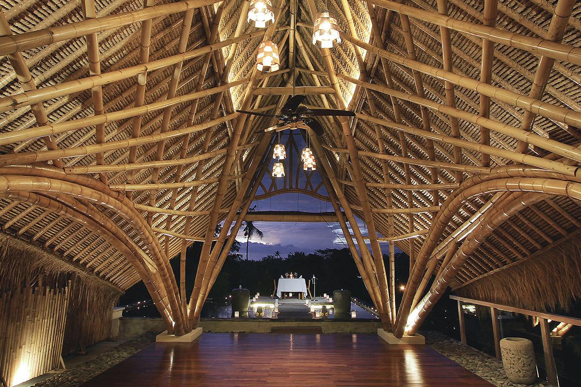 udaya-resort-yoga-room-bali