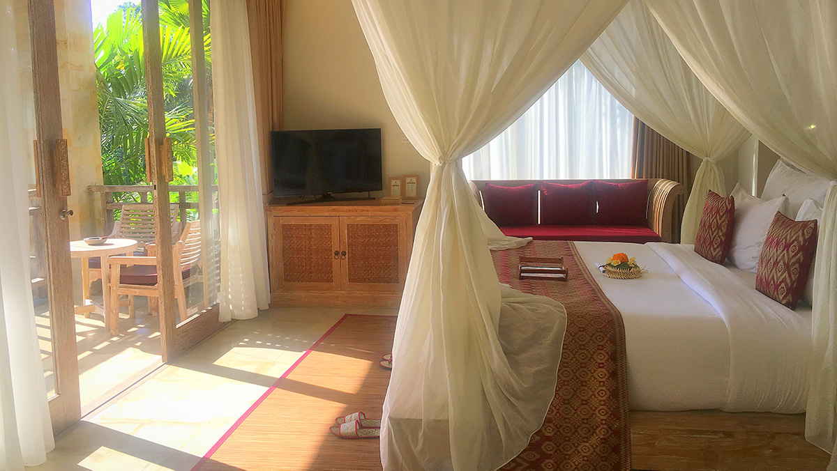 udaya-resort-bedroom-bali-yoga-retreat