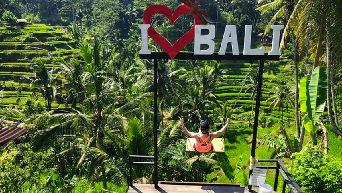 i-love-bali-swing-udaya-resort-yoga-retreat-bliss