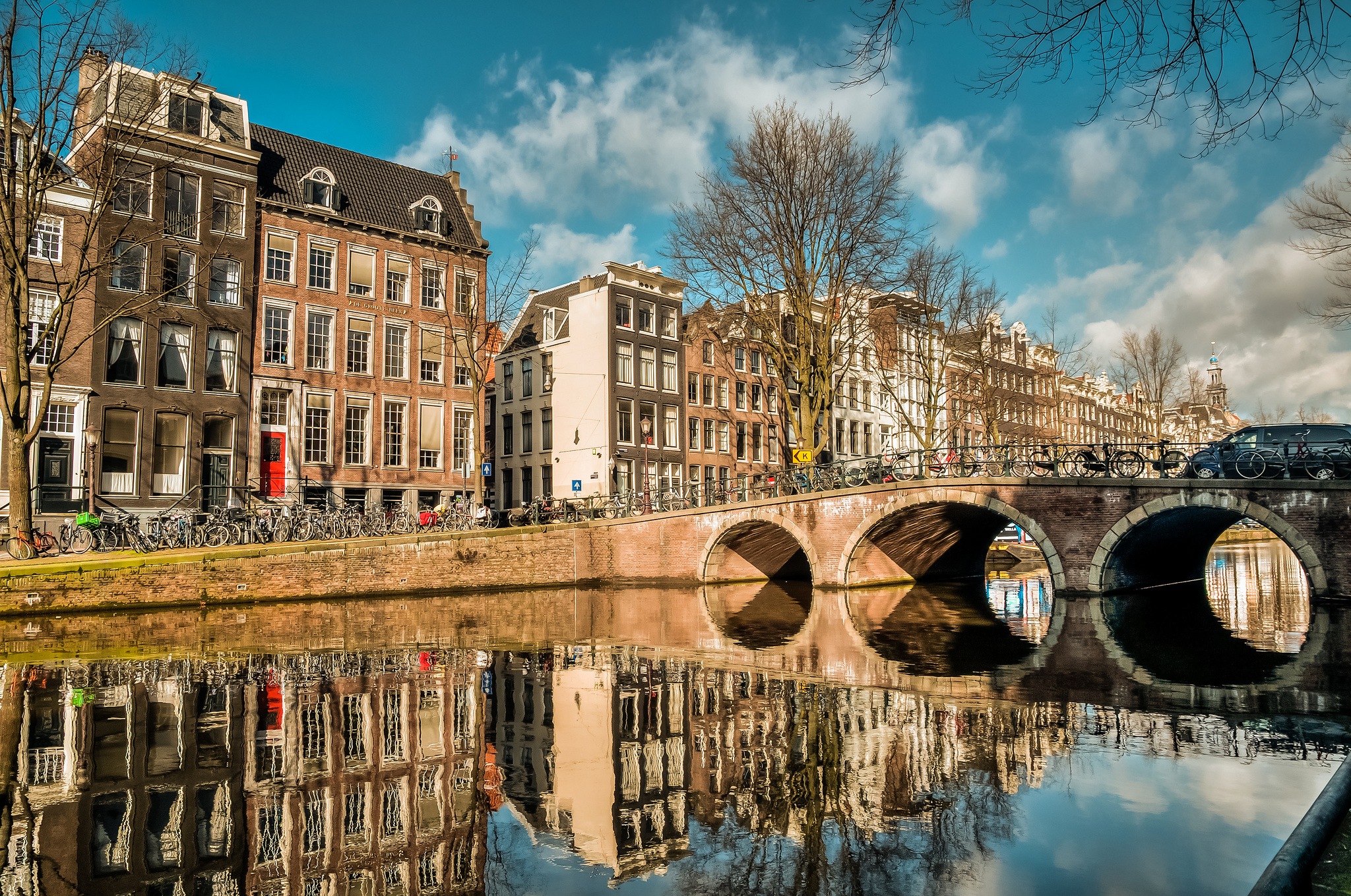 AMSTERDAM & TERSCHELLING EVERYTHING IN BALANCE YOGA RETREAT   September 21-28, 2019   Learn More