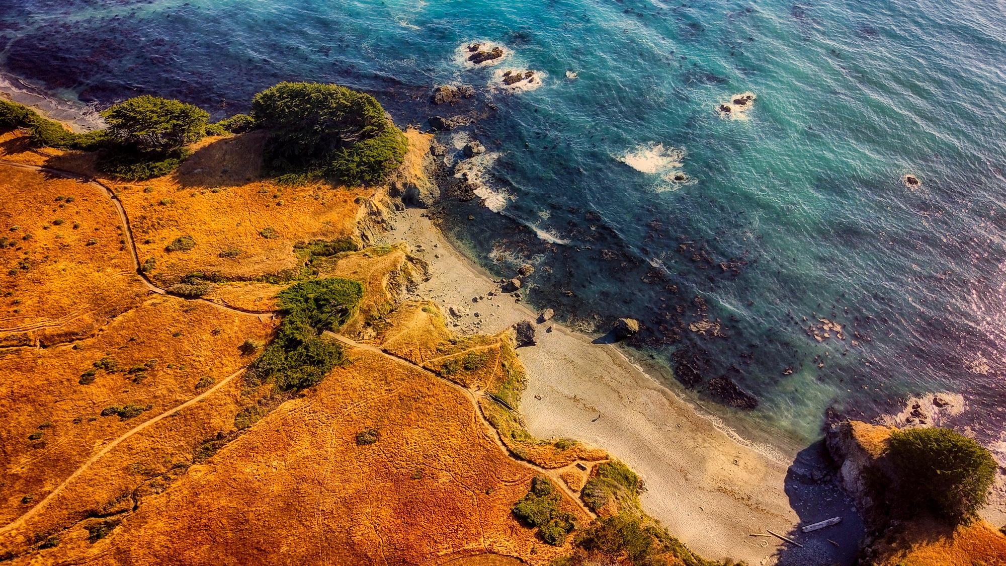 picography-california-coast-beach-summer-aerial-view.jpg