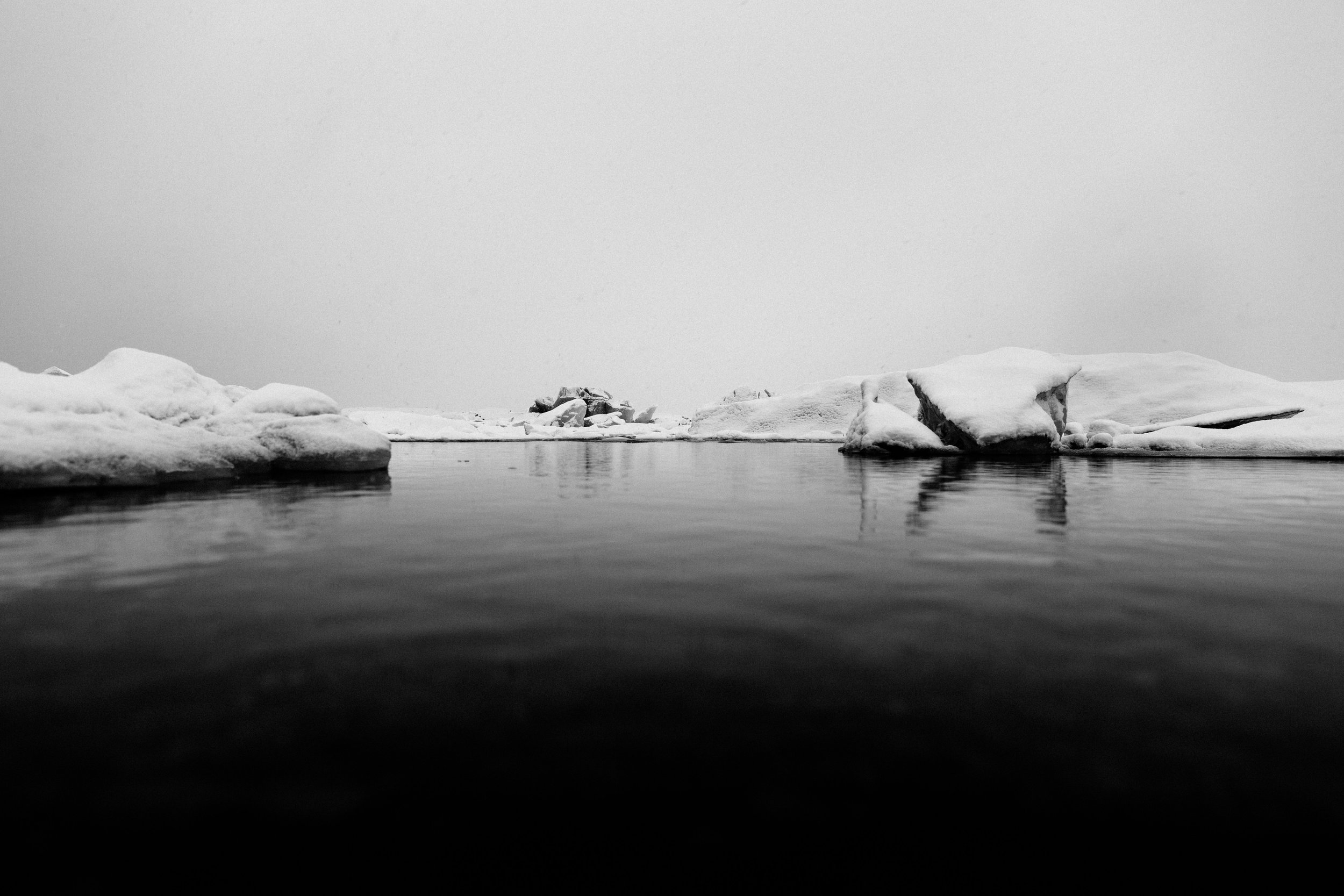 picography-lake-ice-winter-water-snow-cold-frozen.jpg