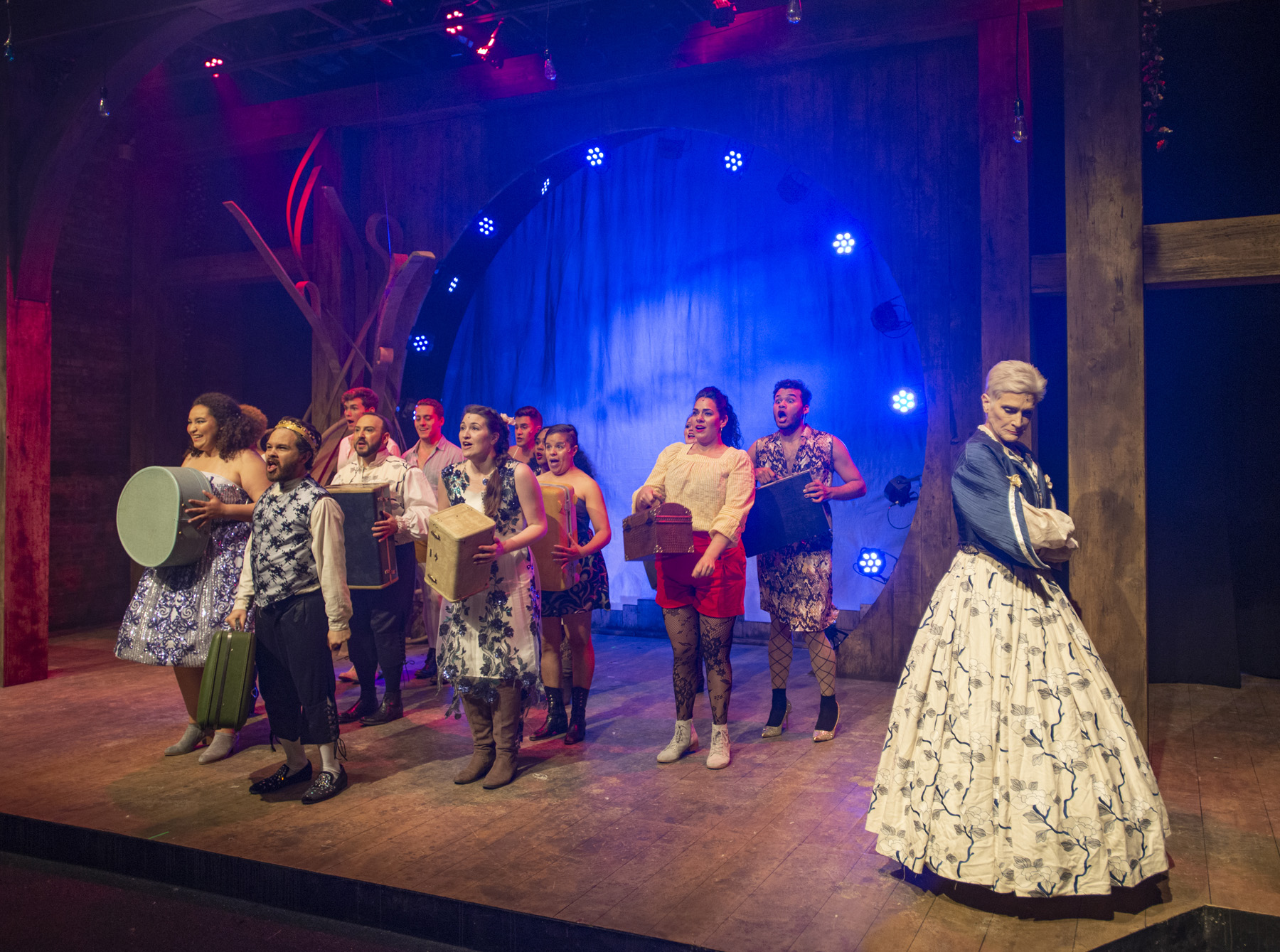 Queen Gynecia (Liz Norton) and the Ensemble of Head Over Heels