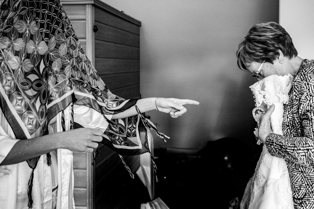 trouwfotograaf voorbereidingen bruid