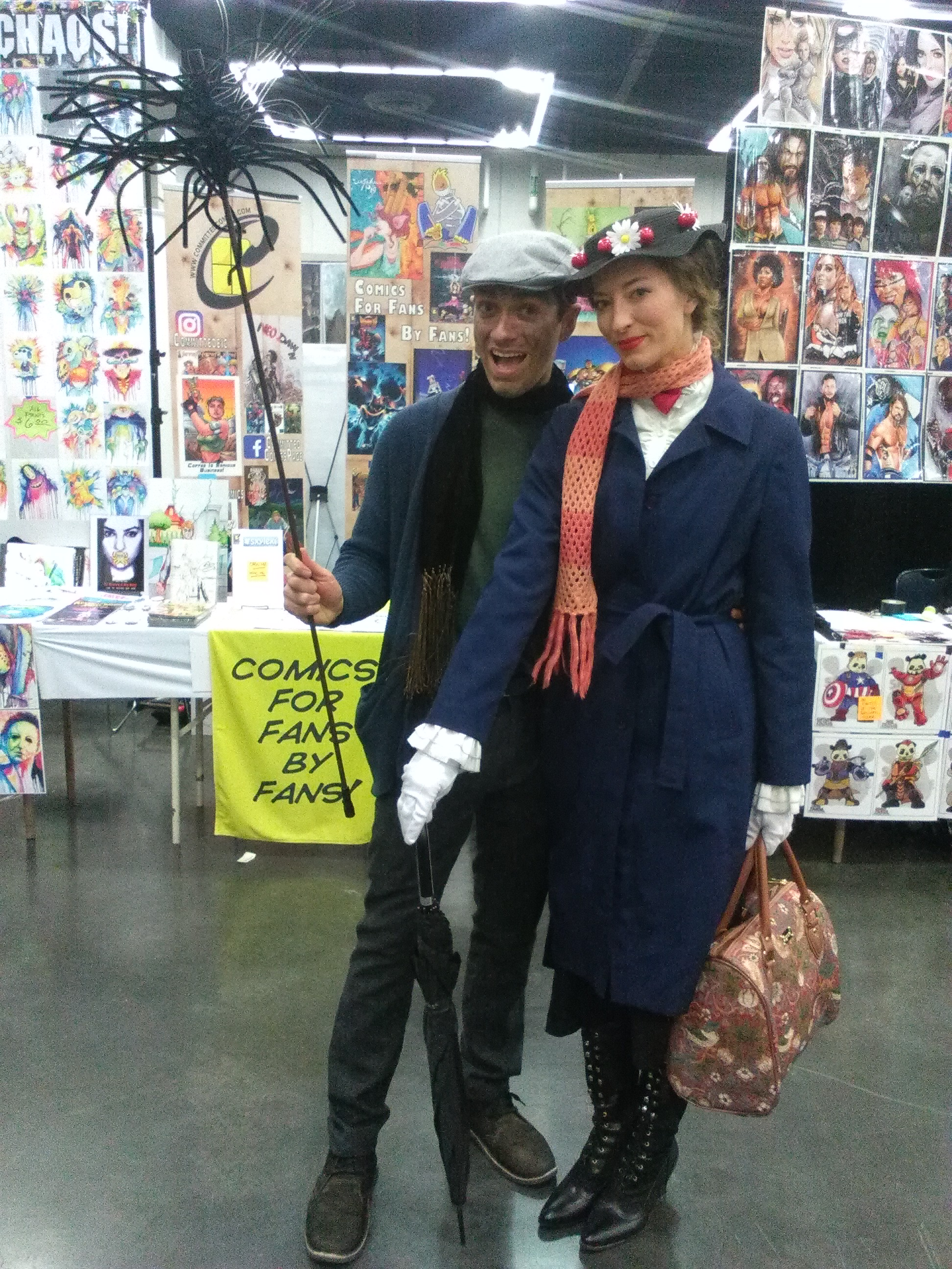 Mary Poppins and Burt Cosplayers.