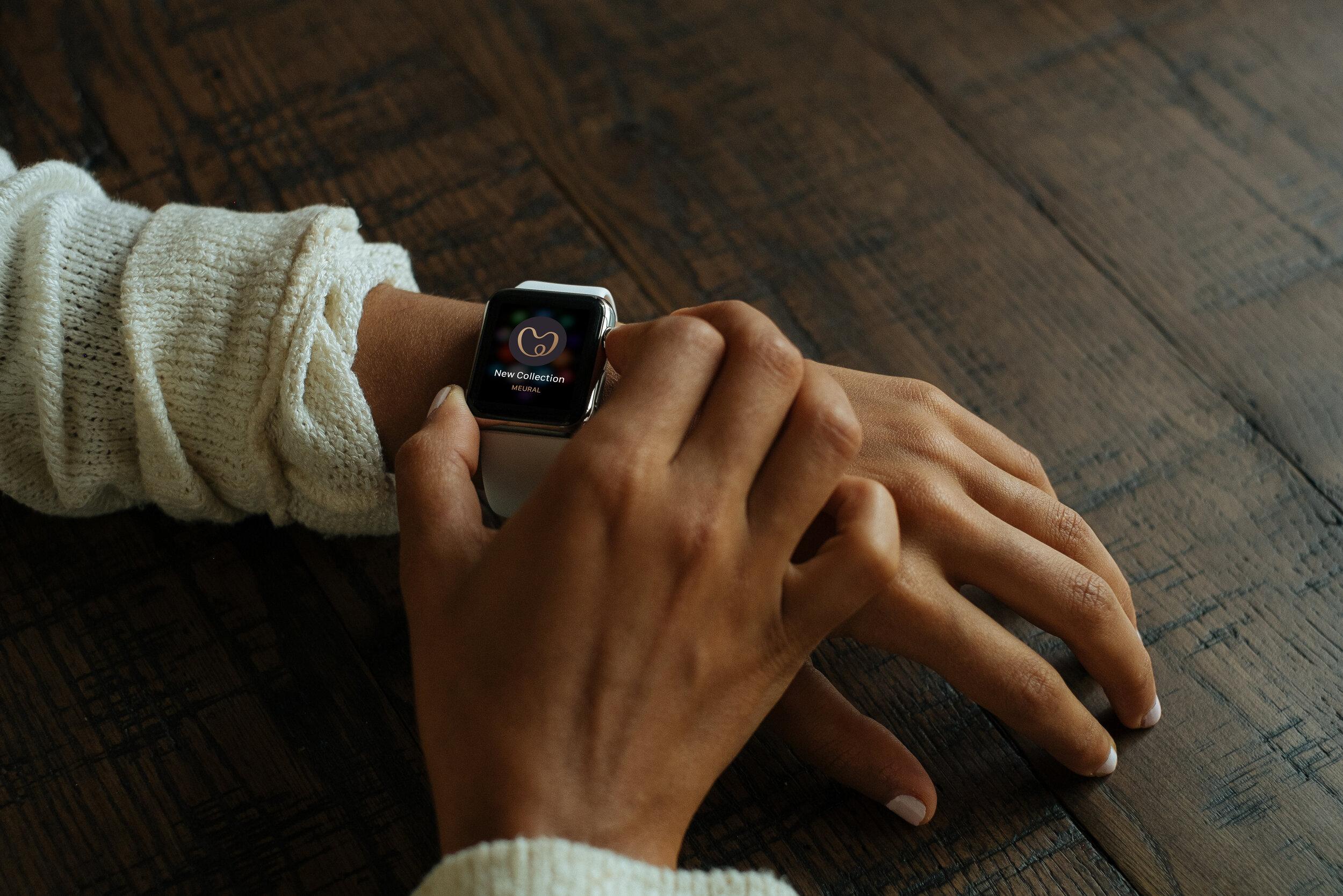 Meural-watch-01.jpg