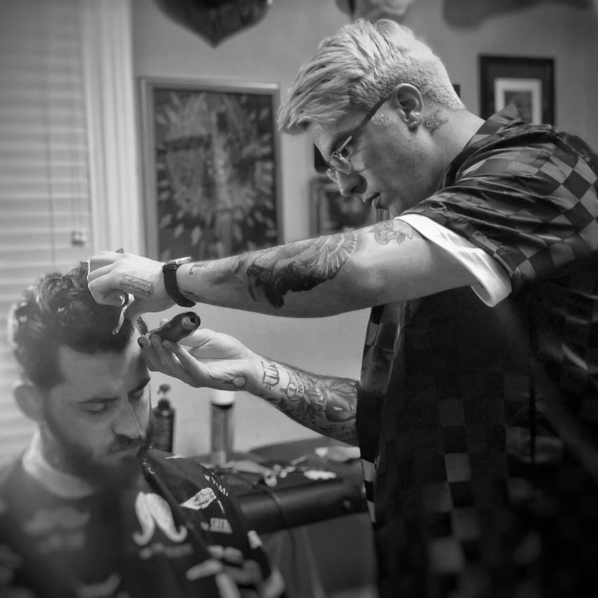 Mike Burkhart - CRAFTSMEN & BRAND AMBASSADORLocation: Charlotte, NCInstagram: @mike_the_barber235