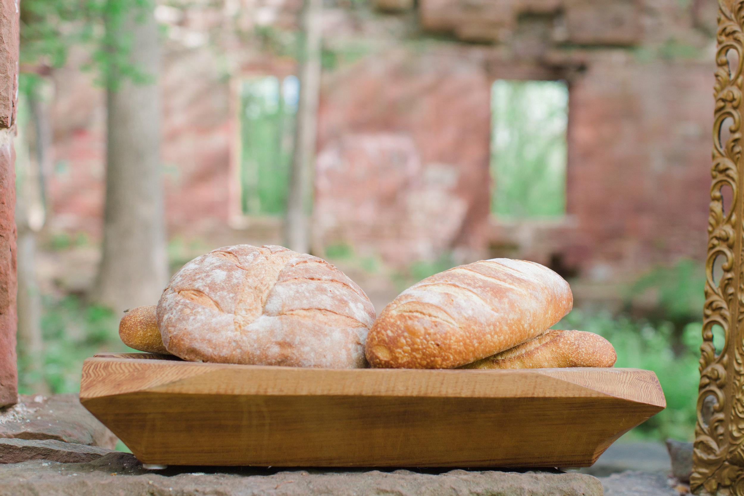 DC-Boutique-Wedding-Planner-A-Griffin-Events-Artisan-Bread.jpg