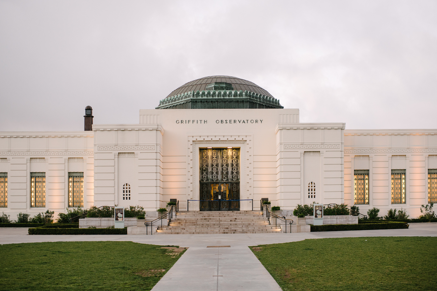 Griffith-Observatory-Galactic-Wedding-AGriffin-events107.jpg