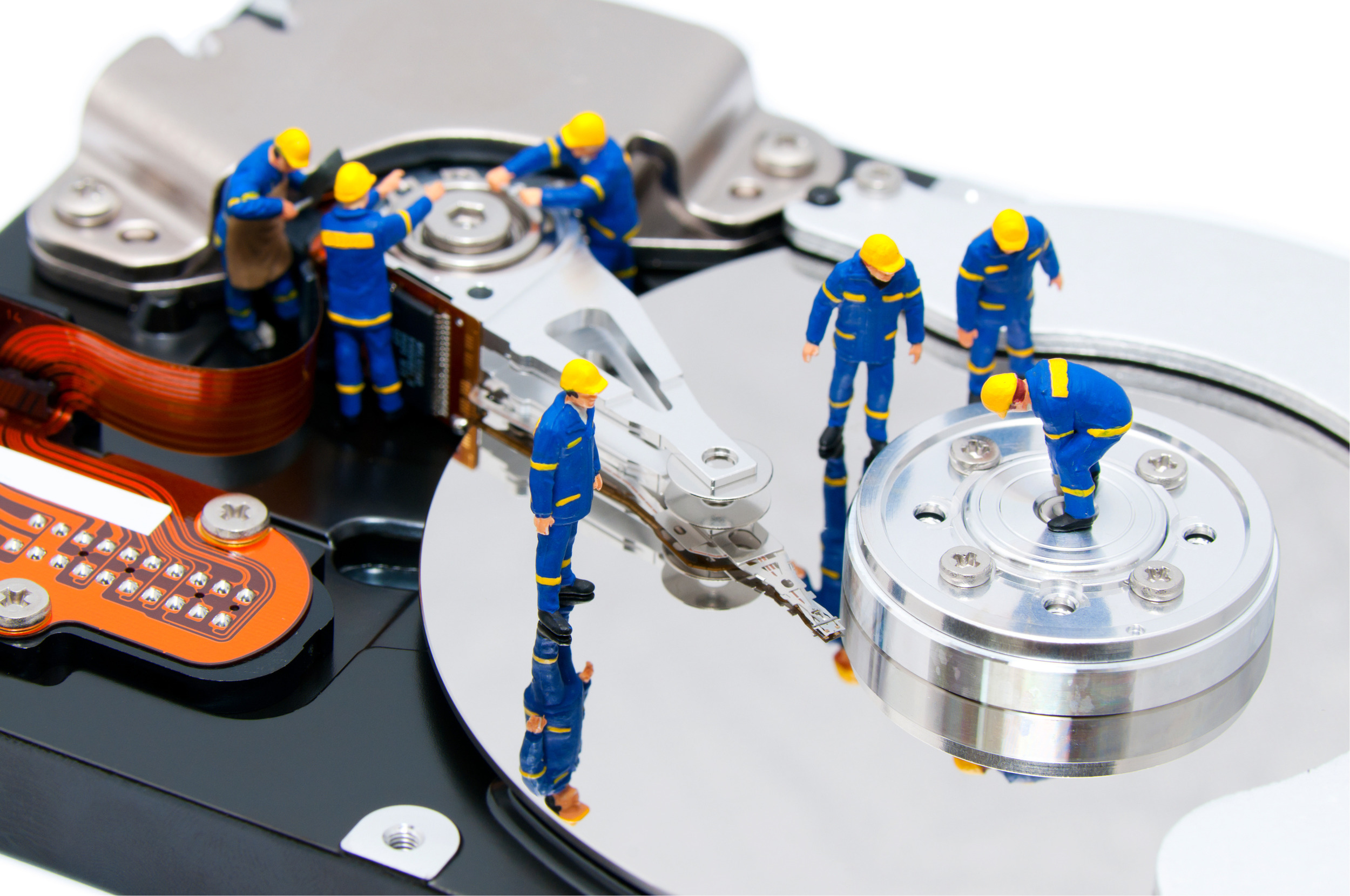 hard-disk-repair-concept_MJjbeKCO.jpg