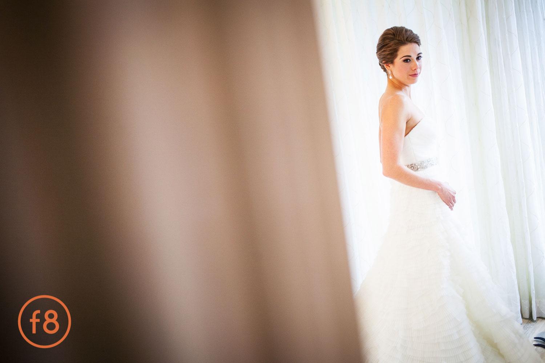 Beautiful Bride by Gary Donihoo f8studio.