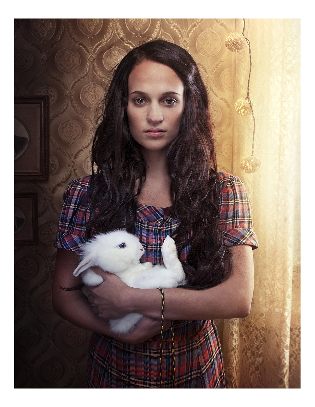 Alicia Vikander / Crownjewels
