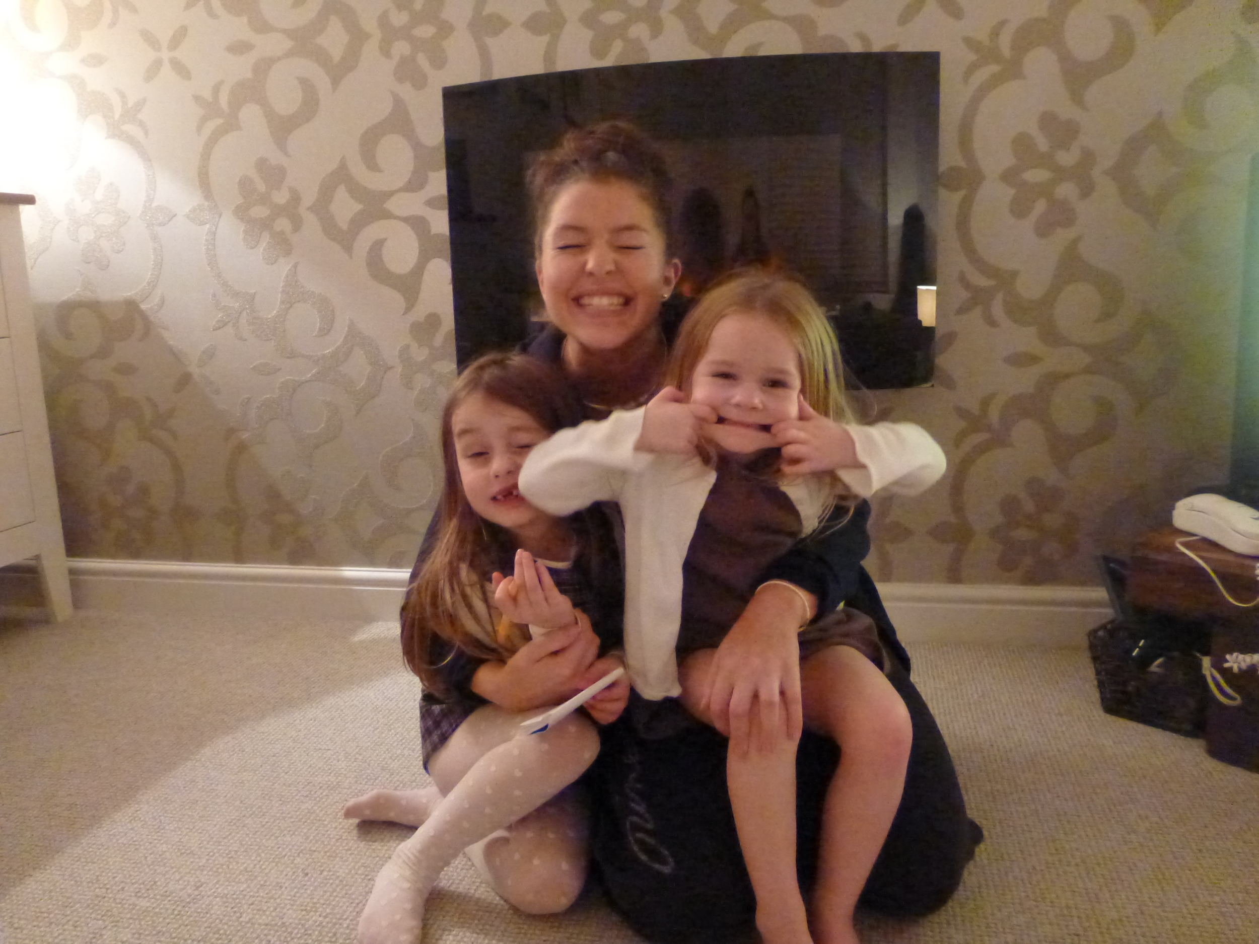 Sarah with her nieces, Isabella and Lucy