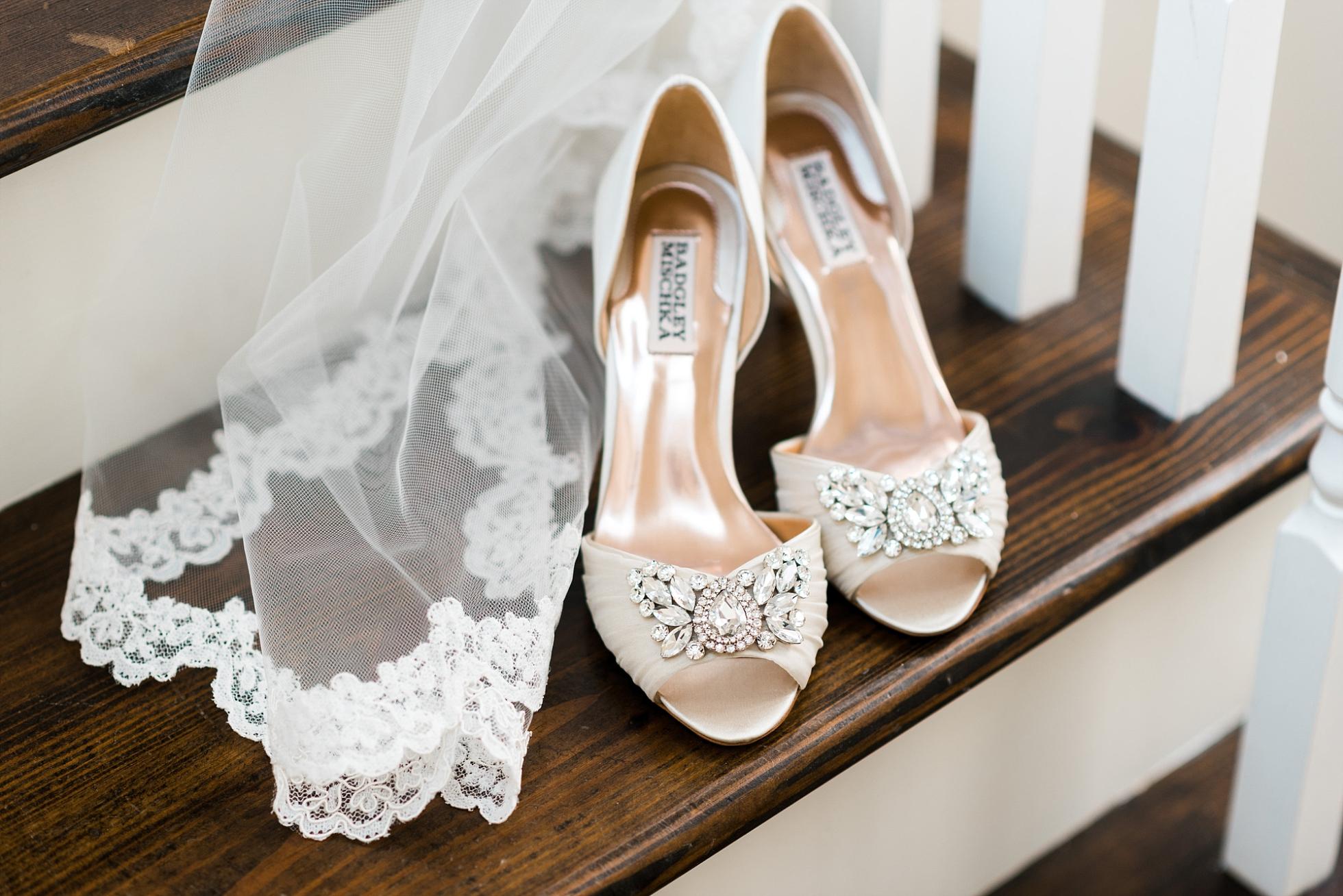 Bridal Accesories - Badgley Mischka | Kyle & Erin | Scarbrough Wedding | Children's Harbor