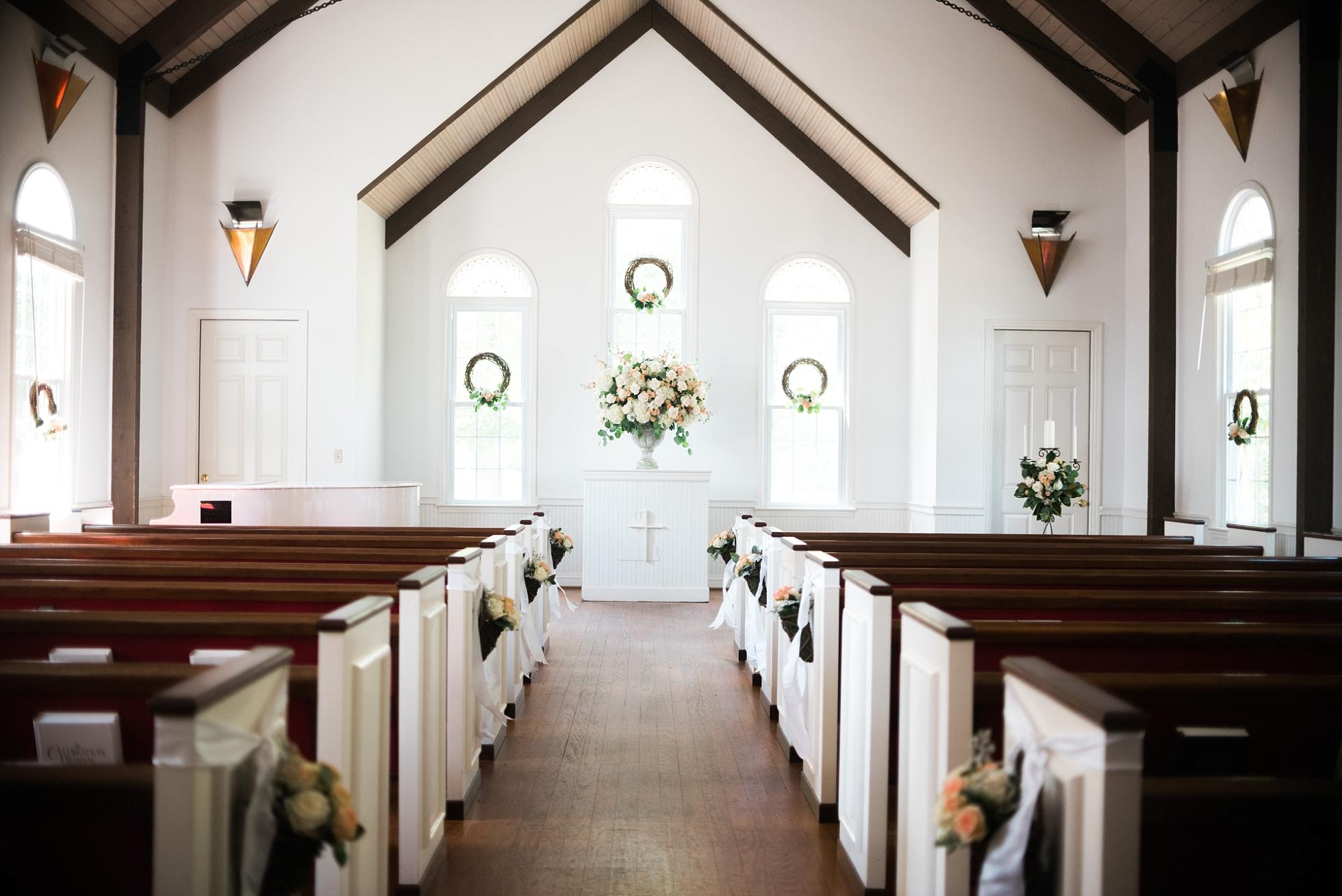White Chapel | Kyle & Erin | Scarbrough Wedding | Children's Harbor | Laura Wilkerson Photography