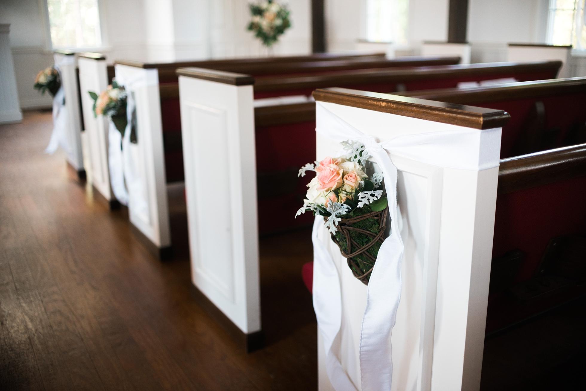 Pew Decor | Kyle & Erin | Scarbrough Wedding | Children's Harbor | Laura Wilkerson Photography