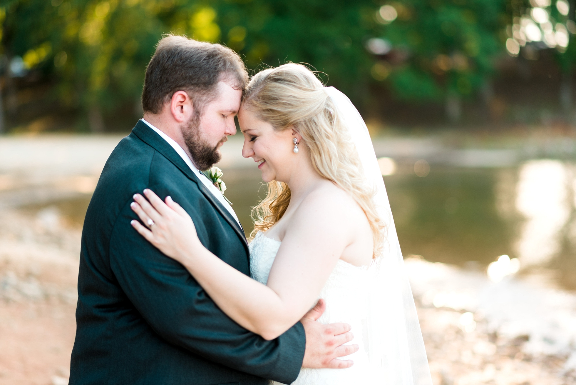 Lake Front | Kyle & Erin | Scarbrough Wedding | Children's Harbor | Laura Wilkerson Photography