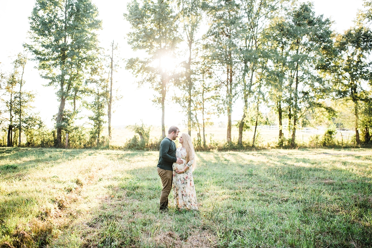 JESSICA & HUNTER | MATERNITY SESSION IN SPRINGVILLE, AL