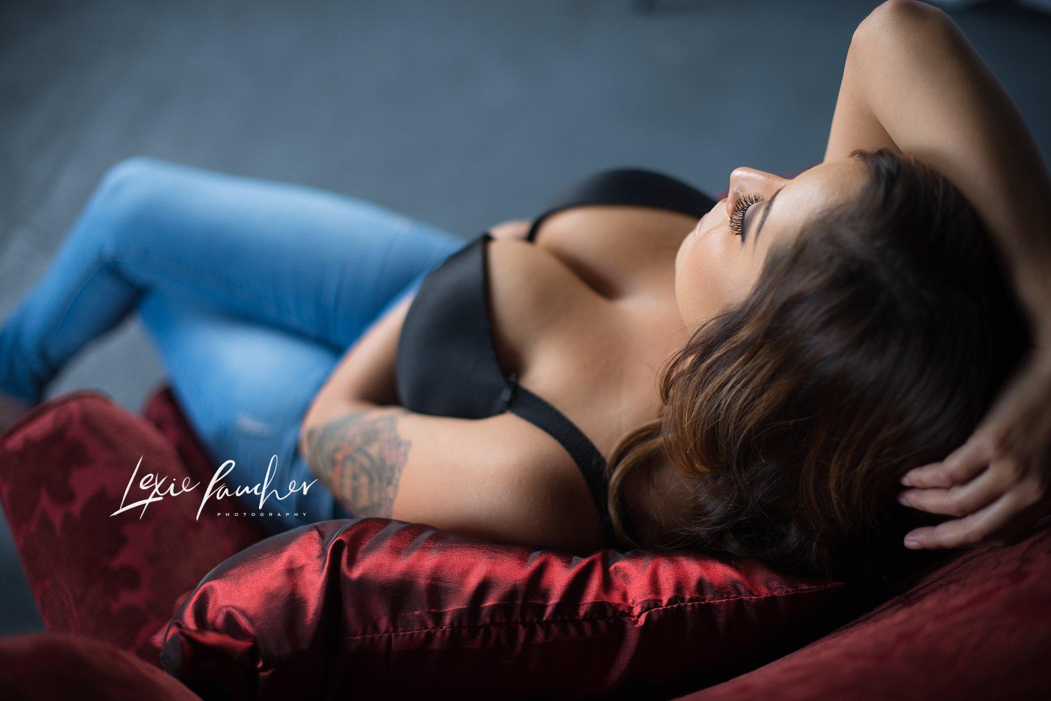 Dallas Boudoir Photographer   Studio Bella's $99 Session