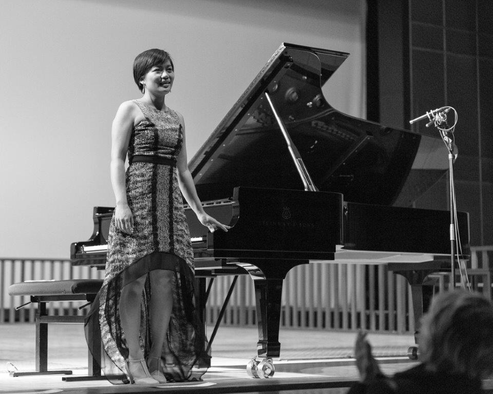 June Wu performs in the final round of the 2014 Concours International de Grands Amateurs de Piano.