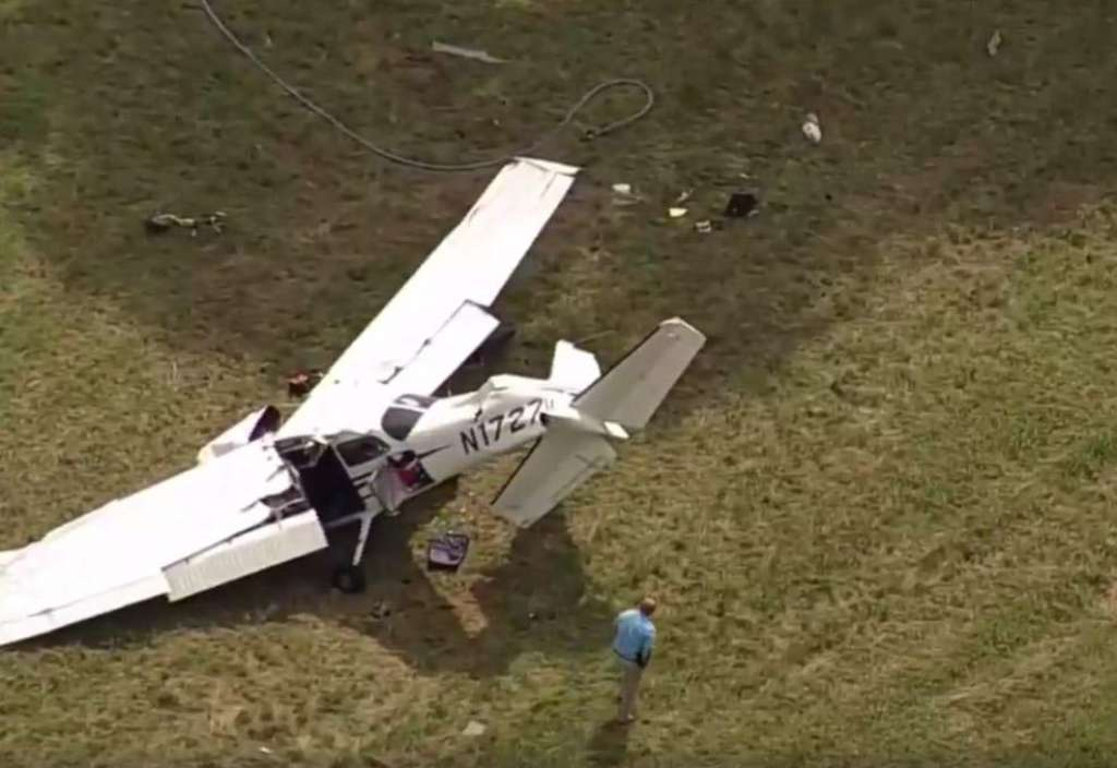 Breaking : Man dead, two injured after plane crashes in New Milford