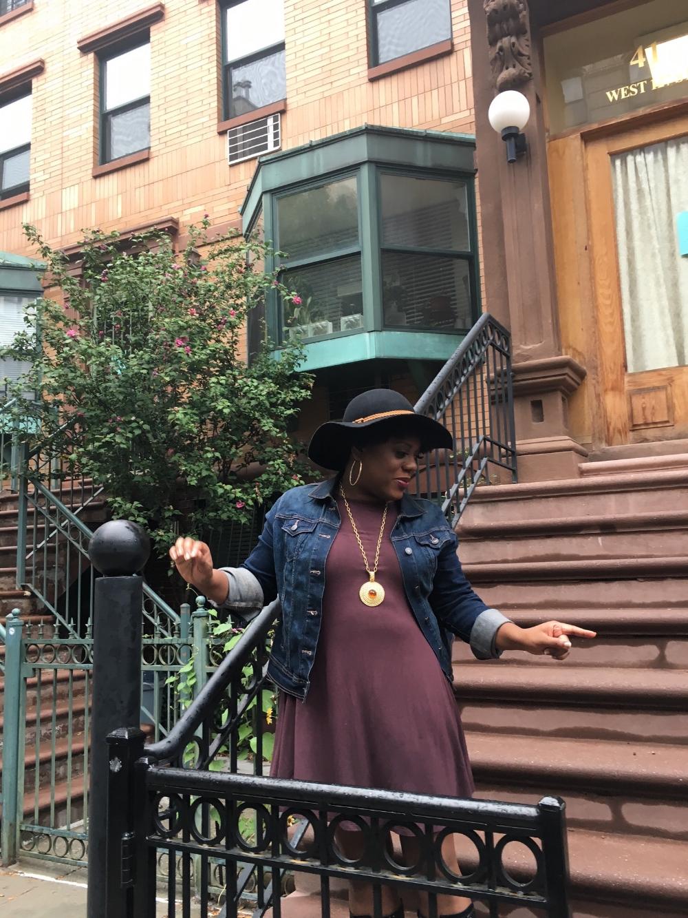 Toya Haynes is a writer,host, and music lover.She presently resides in Philadelphia. IG Handle (@whatsgoodtoya)